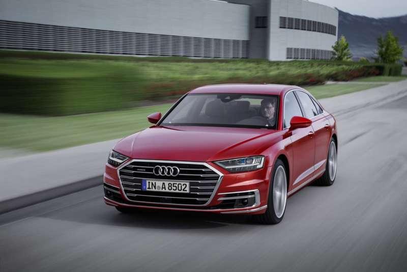 Audi A8 4.Nesil yorumları