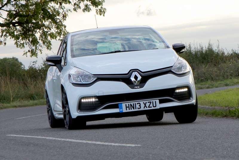 Renault Clio 4 RS yorumları