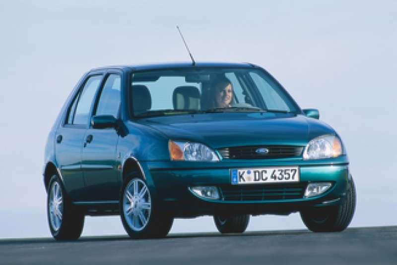 Ford Fiesta MK4 yorumları