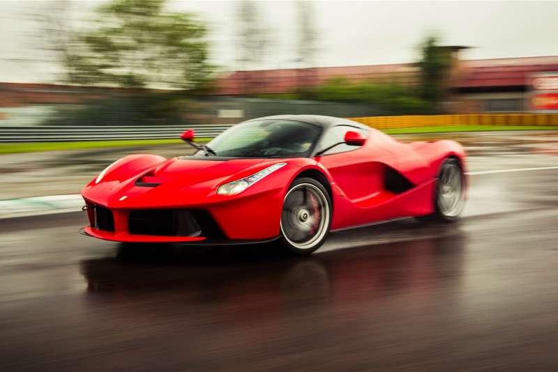 Ferrari LaFerrari yorumları