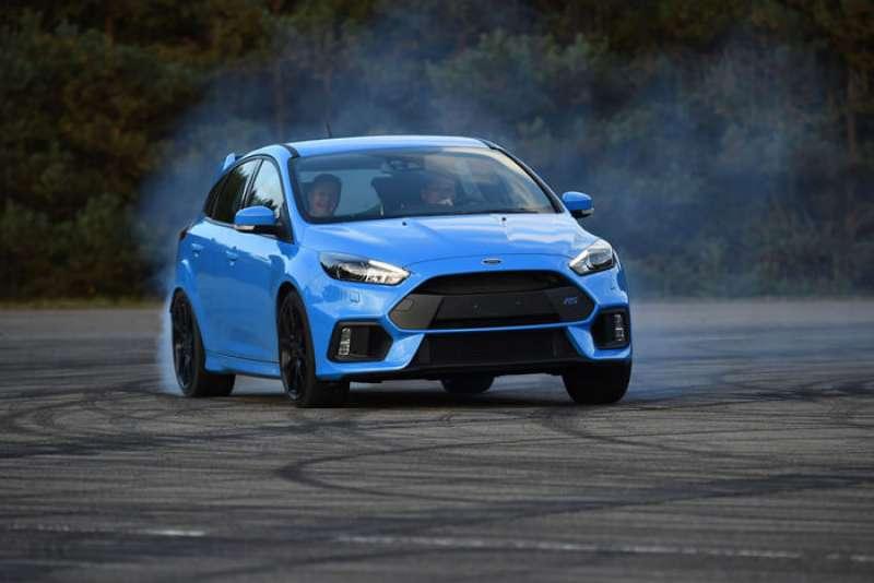 Ford Focus 3 RS yorumları