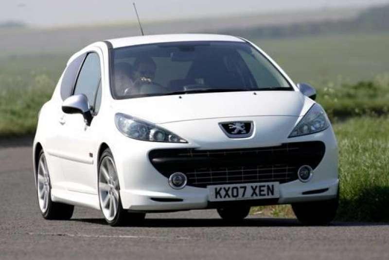 Peugeot 207 gti yorumları