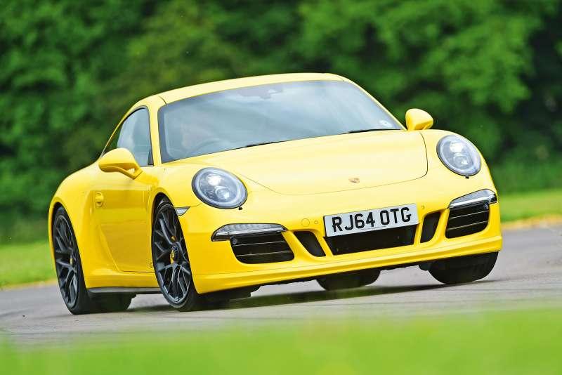 Porsche 911 yorumları