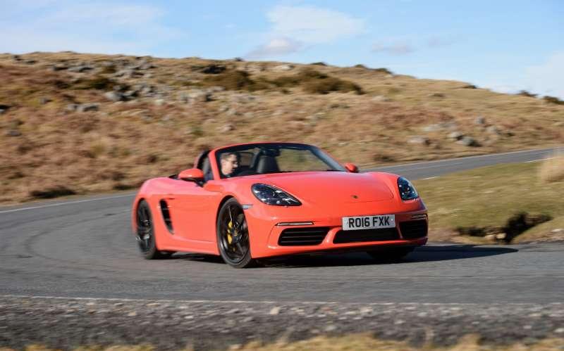 Porsche Boxster yorumları
