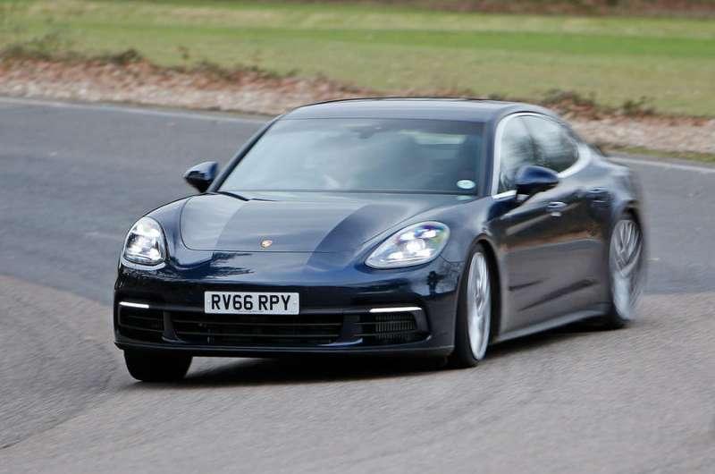 Porsche Panamera yorumları