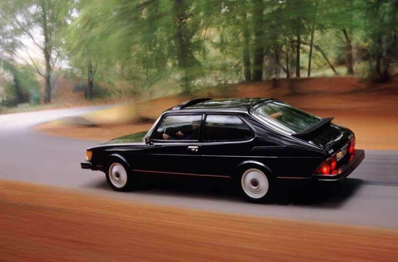 Saab 900 yorumları