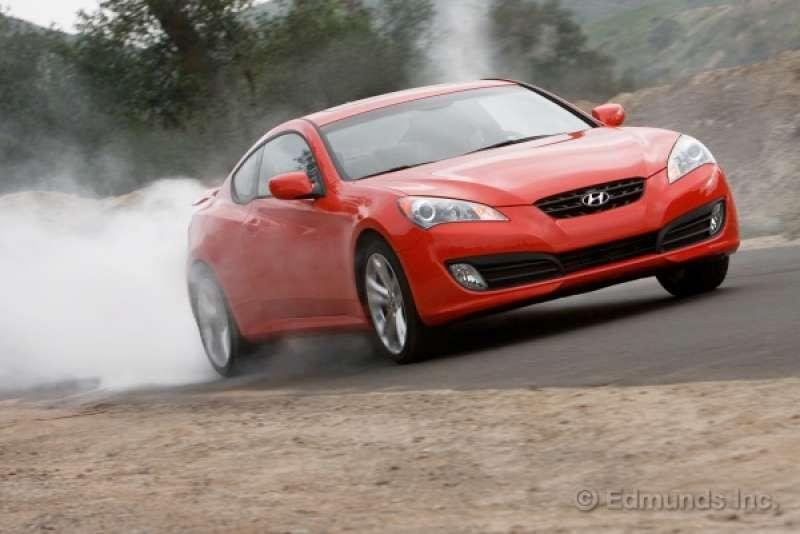 Hyundai Genesis Coupe yorumları