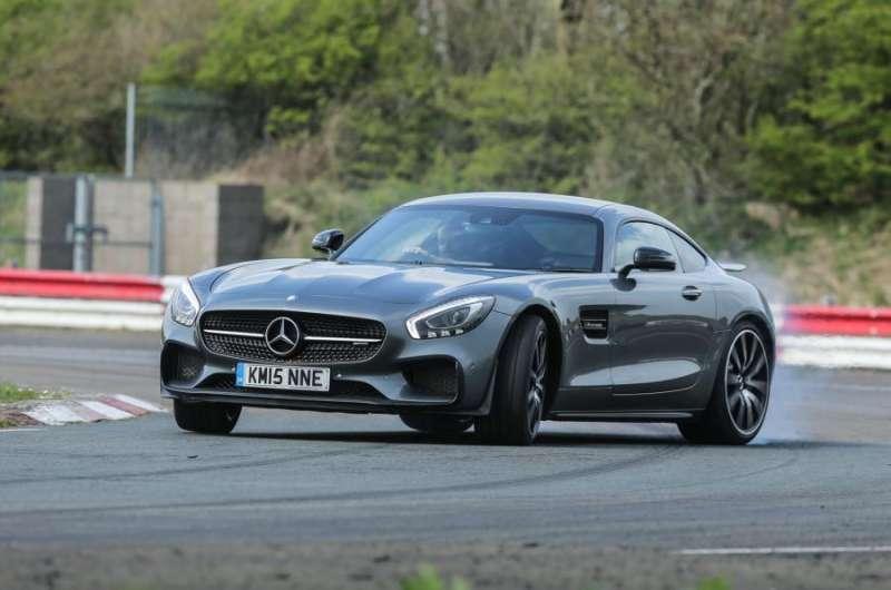 Mercedes AMG GT yorumları