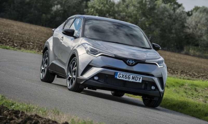 Toyota C-HR yorumları